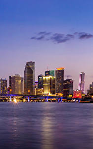 Картинка Здания Вечер Мосты Небо США Побережье Майами Залив Города