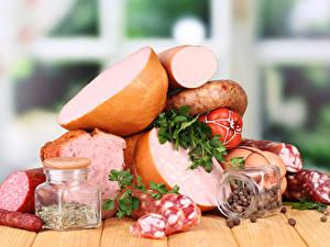 Картинка Мясные продукты Колбаса Специи Банки Продукты питания