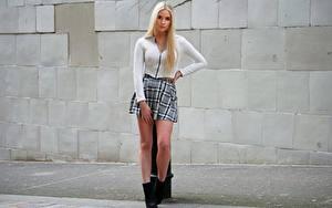 Картинки Ног Юбке Волос Блондинок молодые женщины