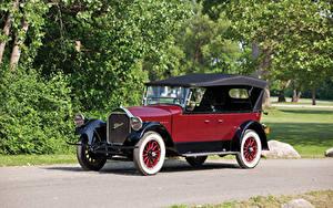 Фотография Винтаж Бордовые Металлик 1924 Pierce-Arrow Model 33 7-passenger Touring машина