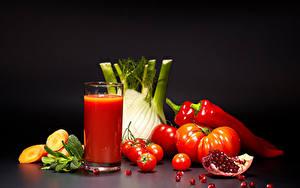Фотографии Овощи Томаты Перец Сок Гранат Стакан Продукты питания