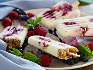 Фотография Сладости Мороженое Малина Черника Пища