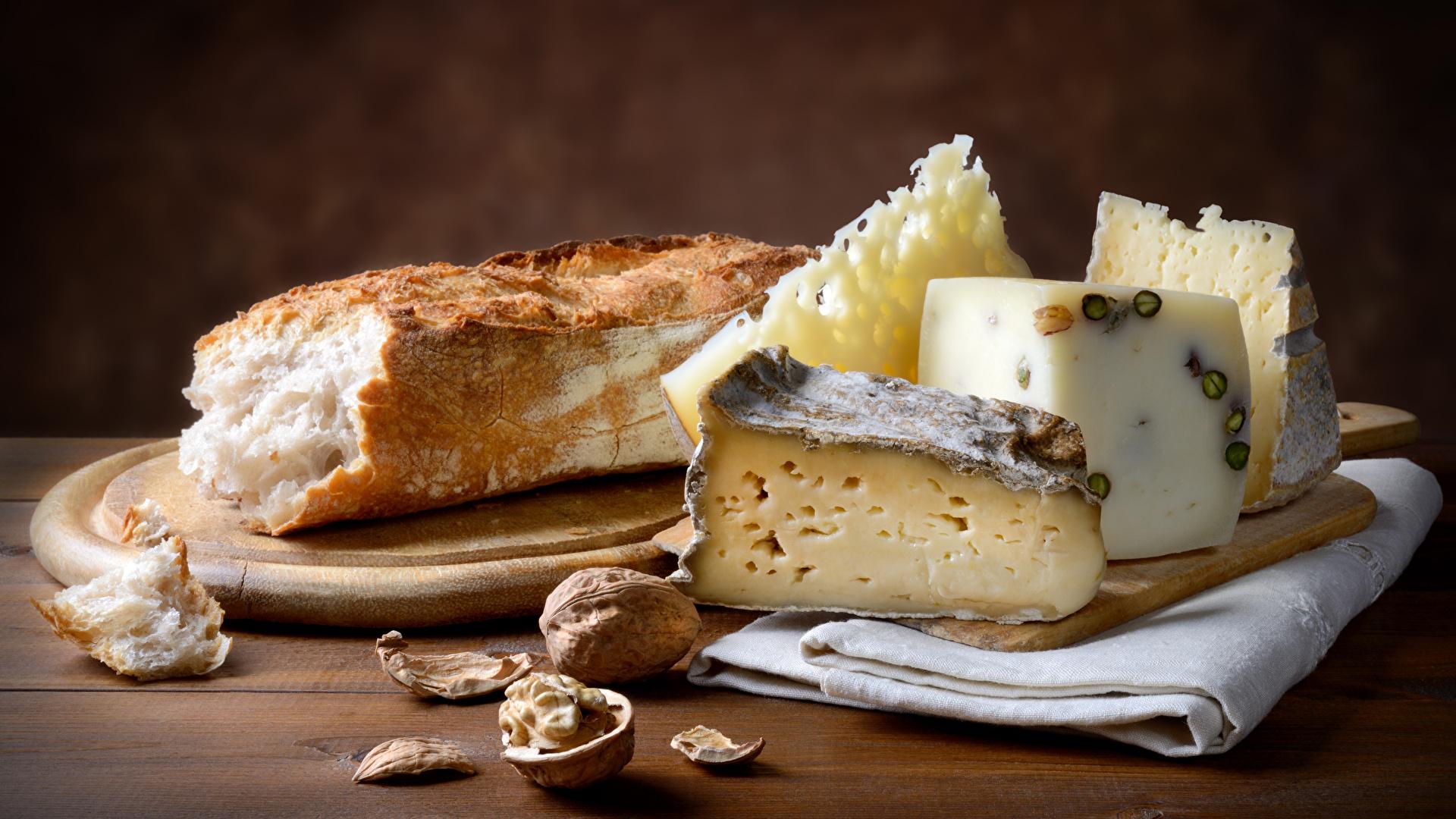 Картинки Хлеб Сыры Еда Разделочная доска Орехи 1920x1080 Пища Продукты питания