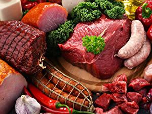 Обои Мясные продукты Ветчина Сосиска Колбаса Перец Овощи Пища