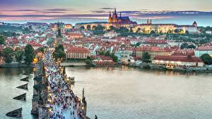 Фото Чехия Прага Вечер Здания Мосты Речка Города