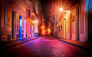 Фотографии США Дома Дороги Улица Уличные фонари Ночные Puerto Rico San Juan Города
