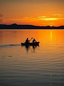 Фотография Венгрия Рассвет и закат Озеро Лодки 2 Balaton lake Природа