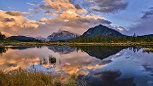 Фото Канада Парки Гора Озеро Вечер Пейзаж Банф Облака Отражается