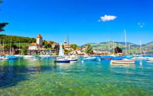 Обои Швейцария Озеро Здания Корабль Парусные Spiez город