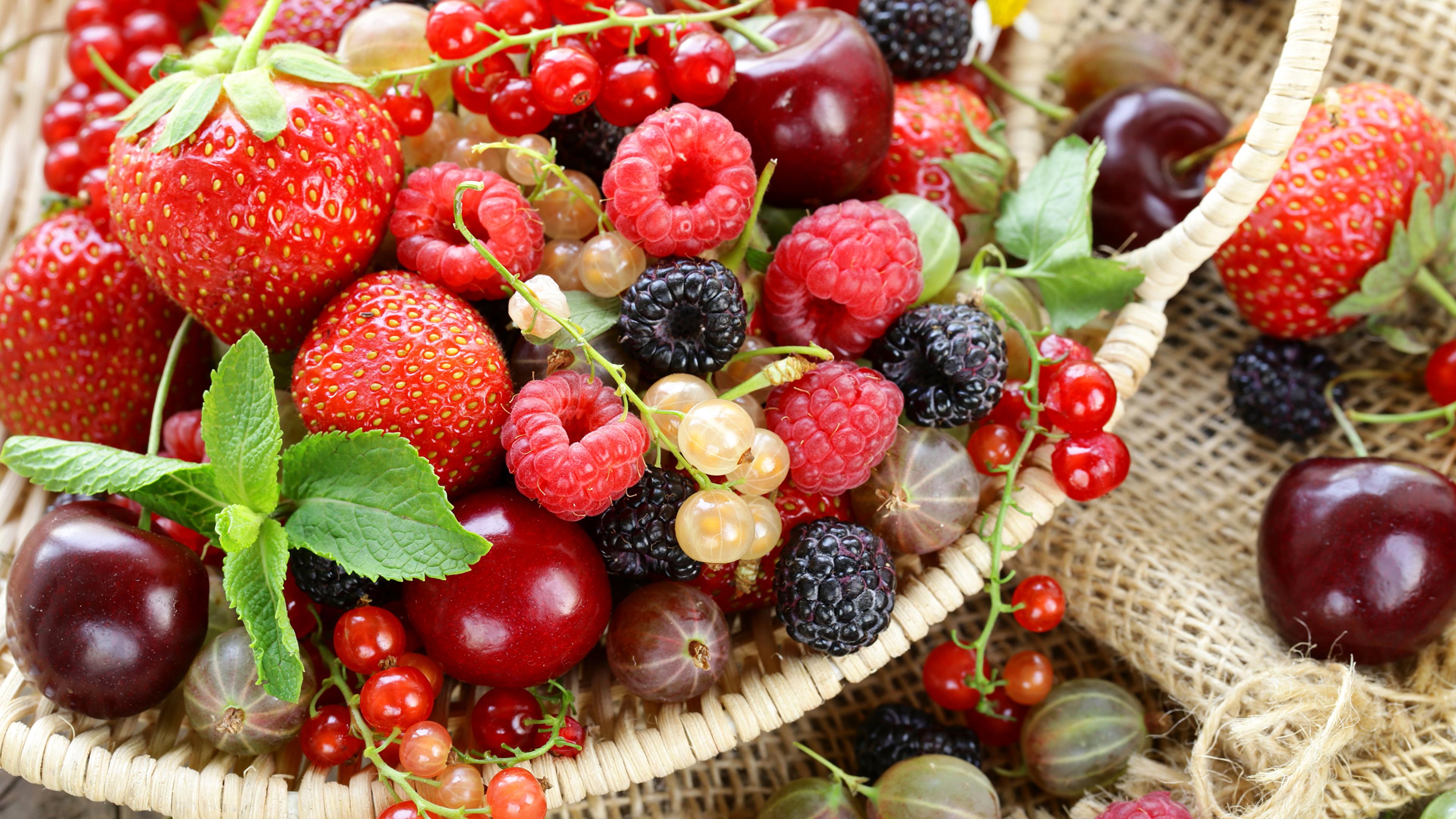 ежевика малина клубника ягоды BlackBerry raspberry strawberry berries анонимно