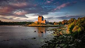 Фотография Замки Ирландия Заливы Dunguaire Castle, Galway Bay