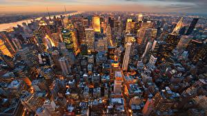 Обои США Вечер Дома Небоскребы Манхэттен Нью-Йорк Мегаполис Сверху город