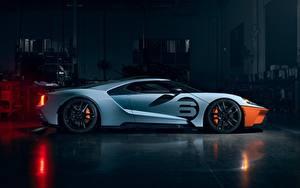 Картинки Форд Сбоку Белые 2020 GT Gulf Racing Heritage Edition машины