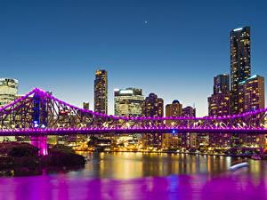 Фотографии Австралия Дома Речка Мосты Брисбен Ночь Гирлянда Города