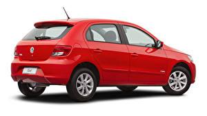 Картинки Фольксваген Красная Металлик Белым фоном Gol Trend (V), 2008–12 машины