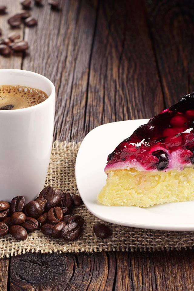 Фото Пирог Кофе часть Зерна Еда чашке тарелке Пирожное Доски 640x960 Кусок зерно Пища Чашка Тарелка Продукты питания
