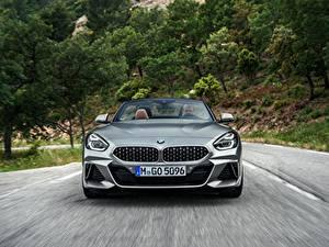 Фото BMW Спереди Родстер Едущий Z4 M40i 2019 G29