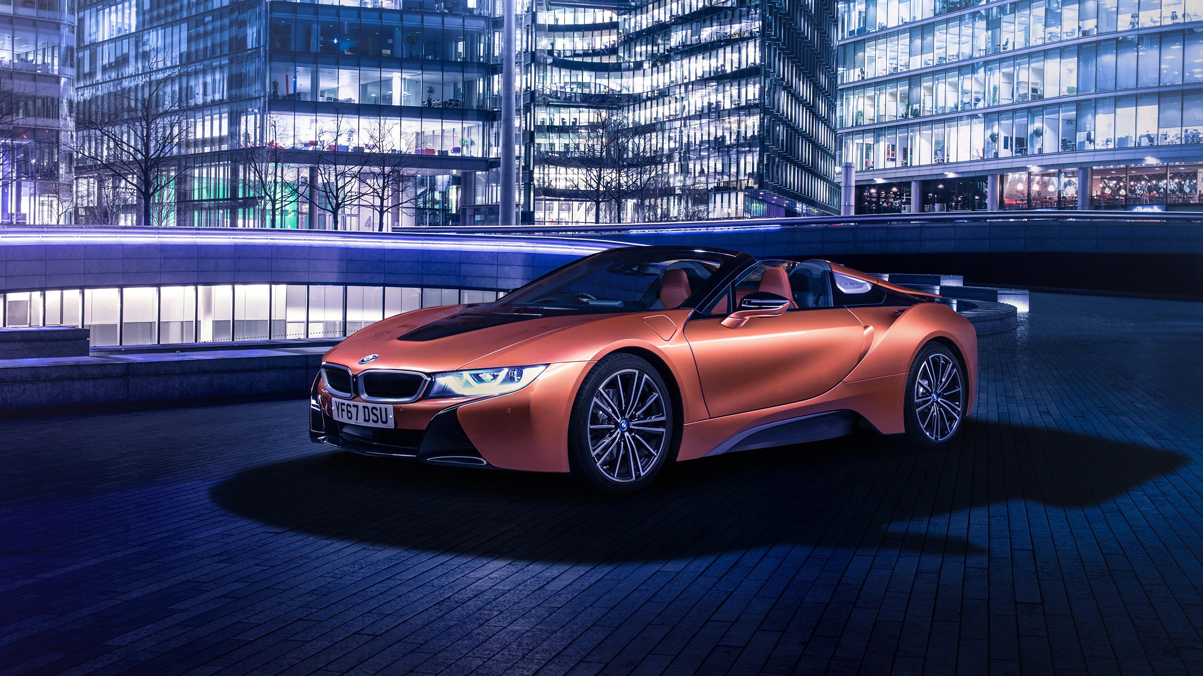 Обои для рабочего стола BMW 2018 i8 Roadster Родстер оранжевые автомобиль 3840x2160 БМВ оранжевых Оранжевый оранжевая авто машина машины Автомобили