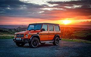 Фотографии Мерседес бенц Гелентваген Оранжевый Металлик 2016-17 G 63 Colour Edition машина