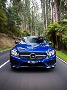 Фотография Мерседес бенц Купе Спереди Движение Синий AMG C-Class C205 Авто