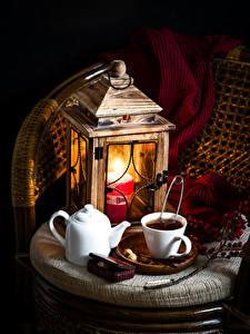 Картинки Натюрморт Свечи Чай Чайник Фонари Чашка Шарф Пища