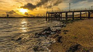 Обои Англия Берег Рассветы и закаты Пирсы Уличные фонари Southsea Portsmouth