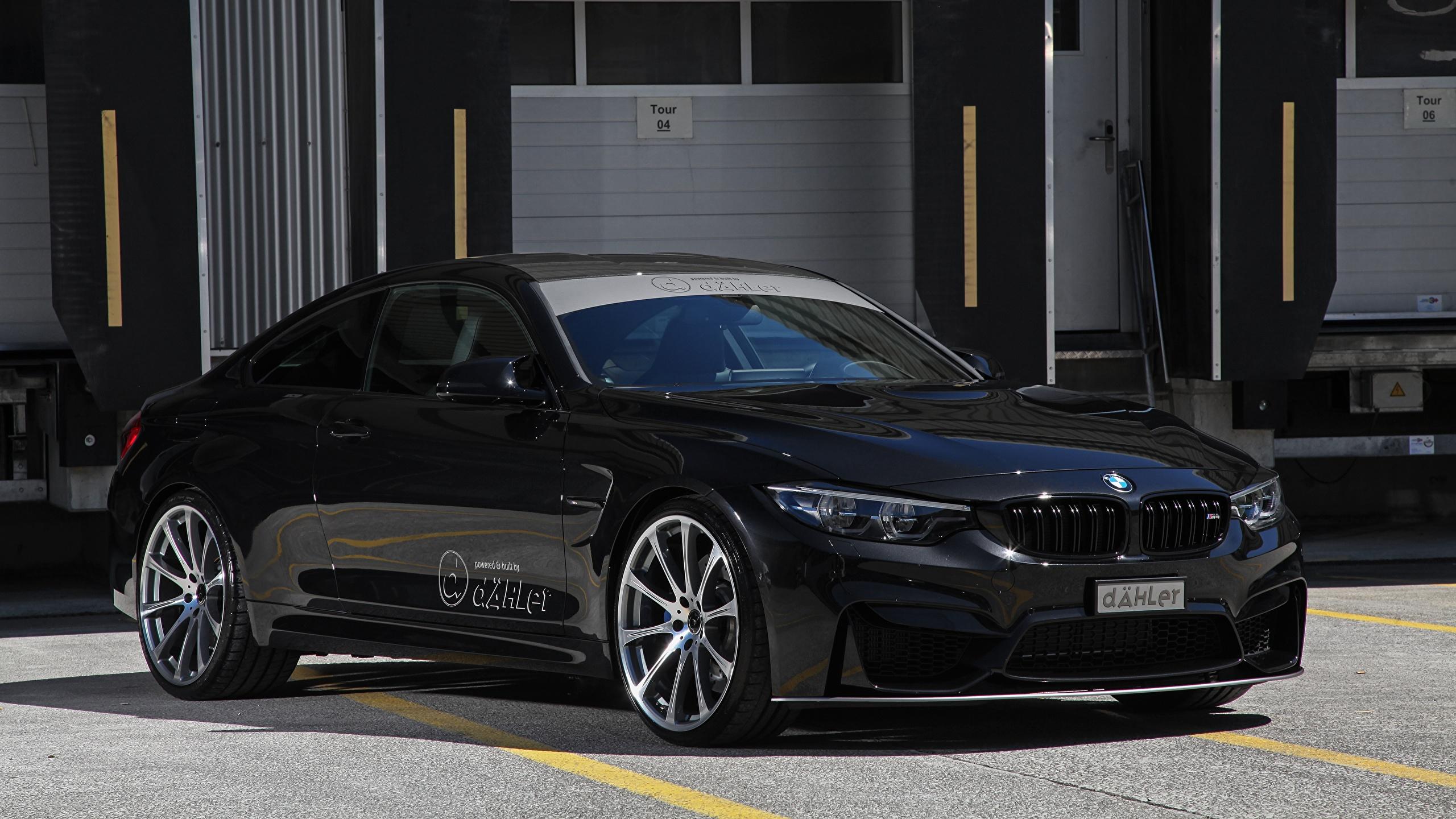 Картинки BMW 2017 M4 Coupe Competition Package Купе Черный Металлик Автомобили 2560x1440 БМВ черных черные черная авто машина машины автомобиль
