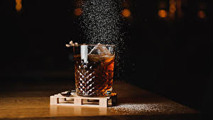 Картинка Напитки Алкогольные напитки Стакана Еда