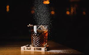 Картинка Напиток Алкогольные напитки Стакана Еда