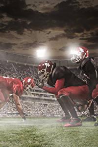 Фото Мужчины Американский футбол Втроем Униформе Шлем спортивные