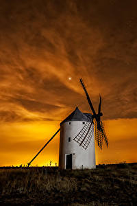 Обои Испания Рассветы и закаты Небо Мельница