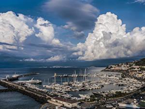 Обои Италия Дома Пирсы Корабли Небо Залив Облака Ischia Port of Casamicciola Города
