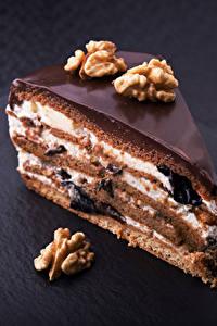Фото Сладости Пирожное Шоколад Орехи Торты Кусочек Пища