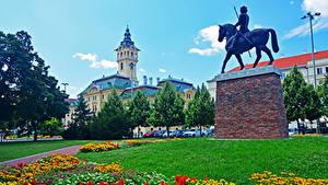 Обои Венгрия Дома Памятники Газон Дерево Szeged