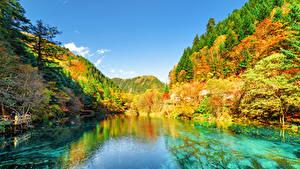 Фотографии Цзючжайгоу парк Китай Парки Осенние Горы Леса Озеро Пейзаж Природа