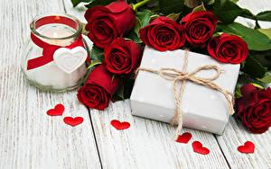 Картинки Розы Свечи Доски Бордовый Банка Подарков Сердца Цветы