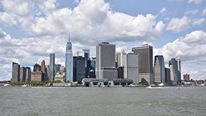 Обои Небоскребы Катера США Залива Нью-Йорк Манхэттен город