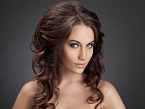 Фотография Шатенки Волосы Красивый Взгляд Макияж Прически молодые женщины