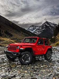 Фотографии Jeep Горы Красный Wrangler Rubicon 2018 Автомобили