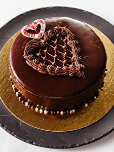 Картинки Сладкая еда Торты Шоколад Сердечко