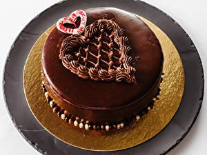 Картинки Сладкая еда Торты Шоколад Сердечко Еда