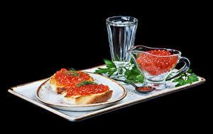 Фотографии Бутерброды Икра Водка Хлеб Черный фон Тарелка Рюмка Еда