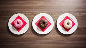 Фотография Пончики Сладости Тарелка Втроем Еда