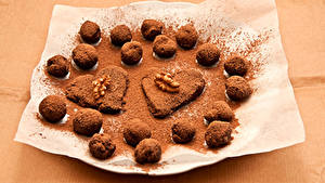 Обои День святого Валентина Сладости Цветной фон Сердечко Какао порошок Шар Пища