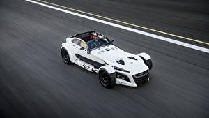Фотография Белый Движение Сверху 2018 Donkervoort D8 GTO-40 автомобиль