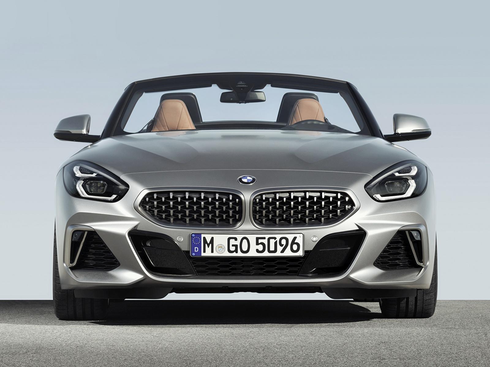 Обои для рабочего стола BMW Z4 M40i Z4 2019 G29 Родстер серебристая авто Спереди 1600x1200 БМВ серебряный серебряная Серебристый машина машины автомобиль Автомобили