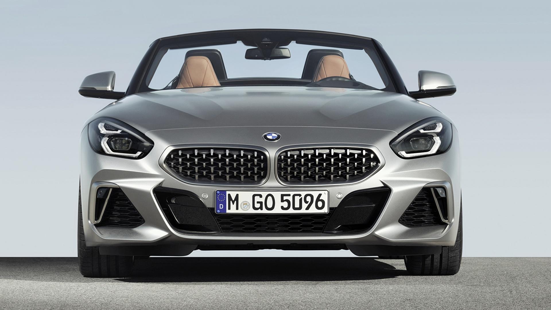 Обои для рабочего стола BMW Z4 M40i Z4 2019 G29 Родстер серебристая авто Спереди 1920x1080 БМВ серебряный серебряная Серебристый машина машины автомобиль Автомобили