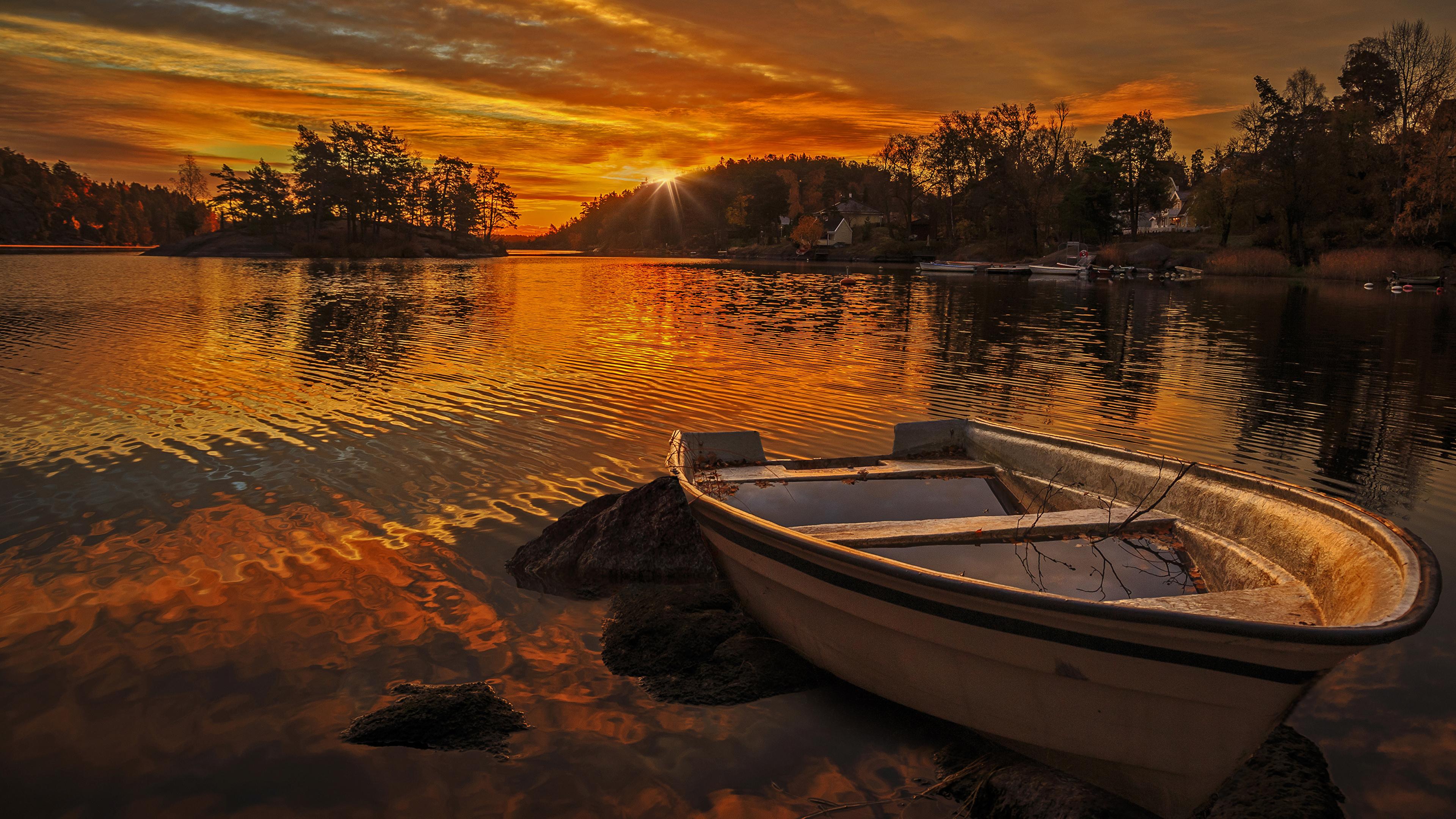 Озеро на закате скачать