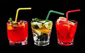 Картинки Алкогольные напитки Коктейль Цитрусовые Черный фон Трое 3 Рюмка Стакана Пища