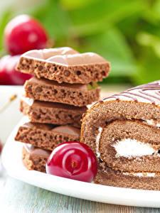 Фото Выпечка Сладости Шоколад Черешня Рулет Еда